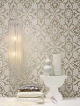 Papel pintado Boreas Patrón reluciente Superficie base mate Damasco moderno Blanco crema Plata lustre
