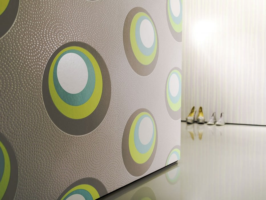 Wallpaper Priska Matt Circles Cream shimmer Grey white Grey white shimmer Green yellow Light grey