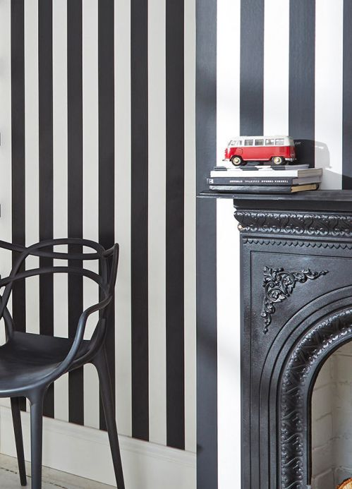 Striped Wallpaper Wallpaper Zuleika black Room View