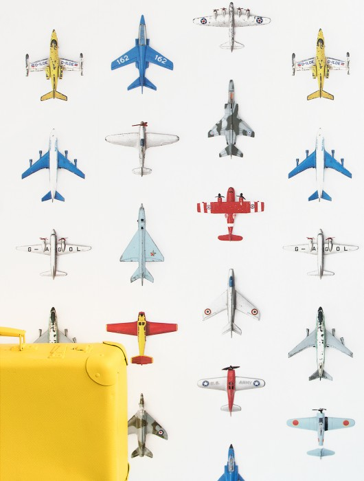 Wallpaper Airplanes 01 Matt Airplanes White Blue Yellow Olive green Red Silver grey