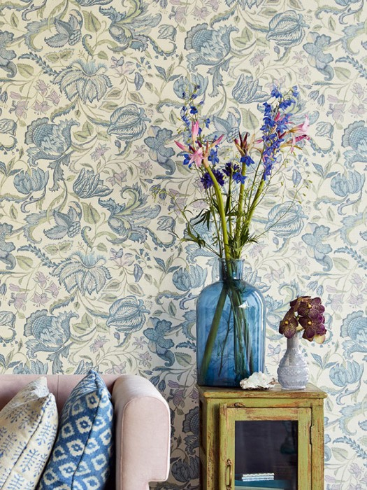 Wallpaper Gelava Matt Looks like textile Flower tendrils Indian Style Cream Pale green Grey blue Pastel blue Pastel violet