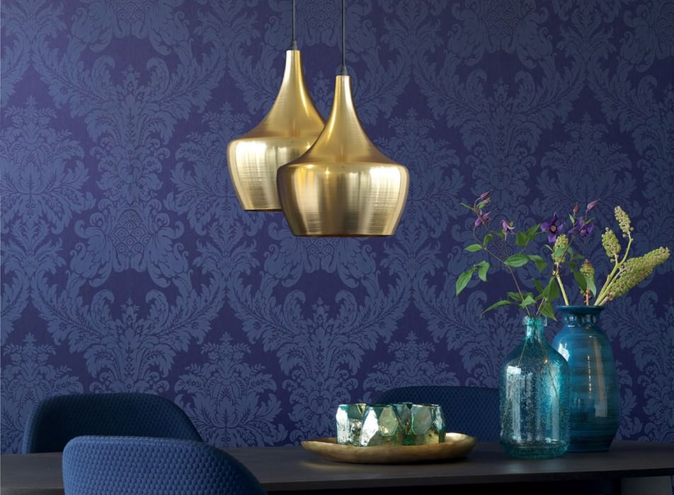 Wallpaper Odilia Matt pattern Shimmering base surface Baroque damask Night blue Violet blue