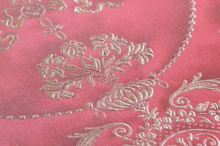 Wallpaper Rabia Shimmering Baroque damask Crimson red Pearl beige