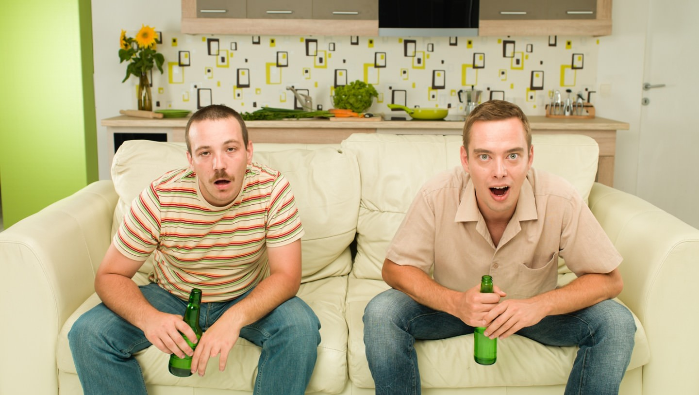 Are we not men?! – How wallpapers turn bachelors into men