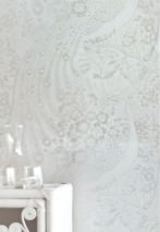 Wallpaper Izanuela Shimmering pattern Matt base surface Peacocks Branches with leaves and blossoms White Silver lustre