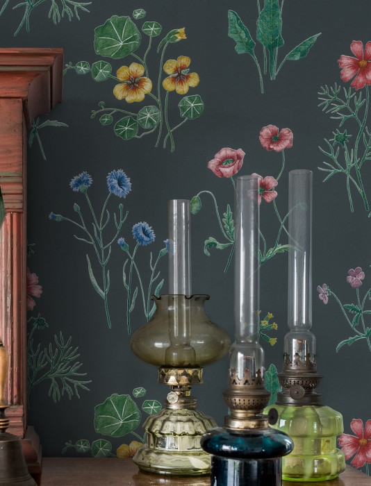 Wallpaper Melodie Matt Field flowers Graphite grey Brown red Dark green Gentian blue Honey yellow Red purple