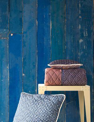 Papier peint Scrapwood 36 bleu Vue pièce