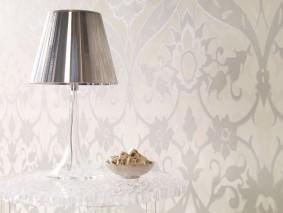 Wallpaper Pomona Shiny pattern Matt base surface Floral damask Cream Pale brown Pale grey beige Silver metallic