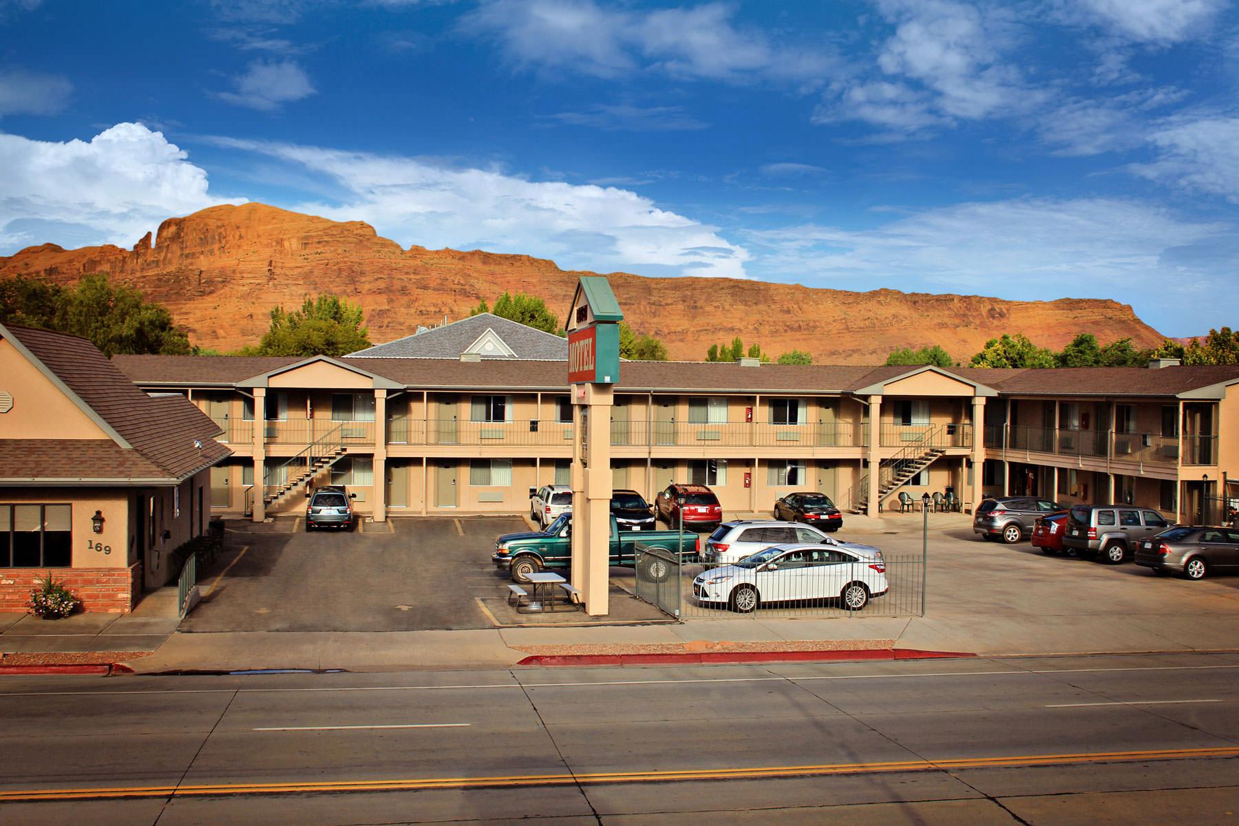 Tapeten-fuer-Motels