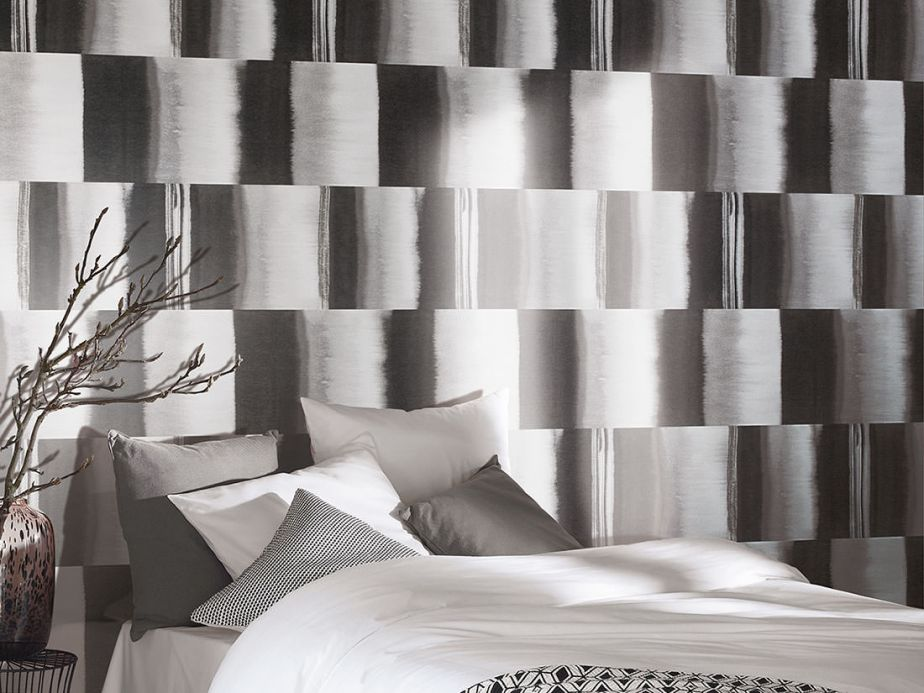 Striped Wallpaper Wallpaper Fenegra grey tones Room View