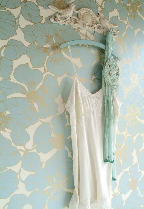 Damask Wallpaper Wallpaper Indra light blue Room View