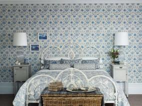 Wallpaper Vatea Matt Flowers Cream Azure blue Pastel blue White